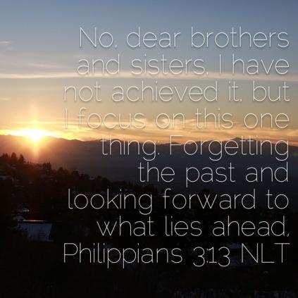 Refocus verse image